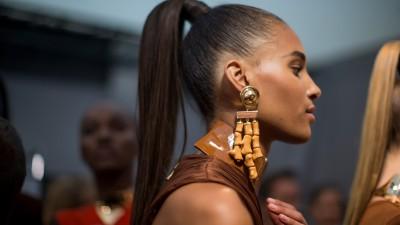 Tendance coiffure | 5 façons de porter la queue de cheval