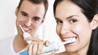 Blanchiment naturel des dents, les astuces de la rédac'