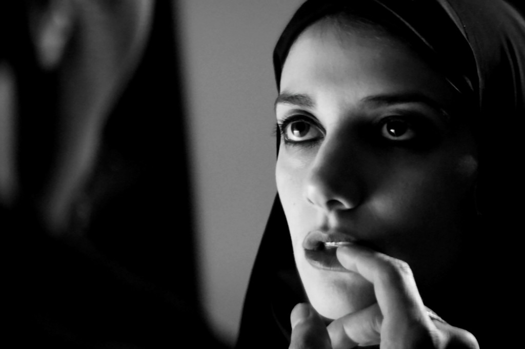 PB CULT  Les Films Must see A girl walks home alone at night  (1)