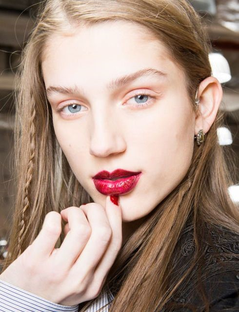 Red lips beauty trends