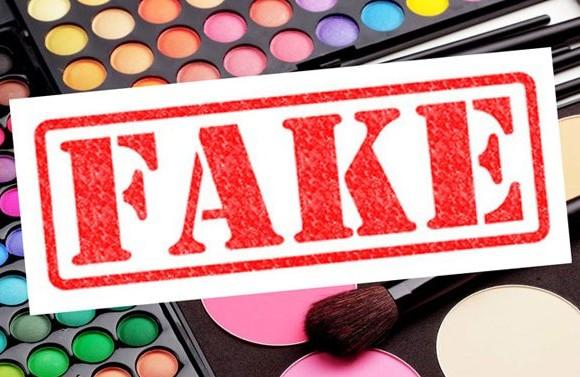Contrefaçon des produits cosmétiques. Réel danger ou Bonne affaire